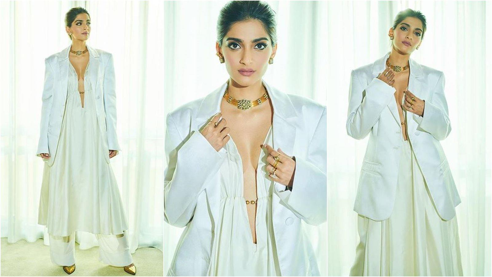 sonam-kapoors-latest-photographs-prove-that-she-is-the-ultimate-boss-lady