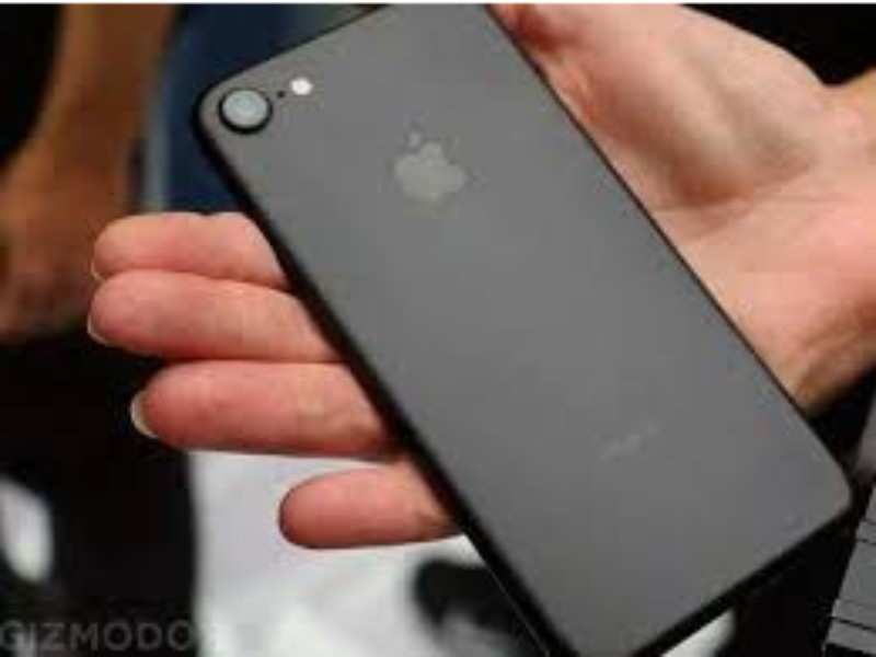 Iphone 7 Price Apple Iphone 7 Available At Lowest Ever Price On Flipkart Times Of India