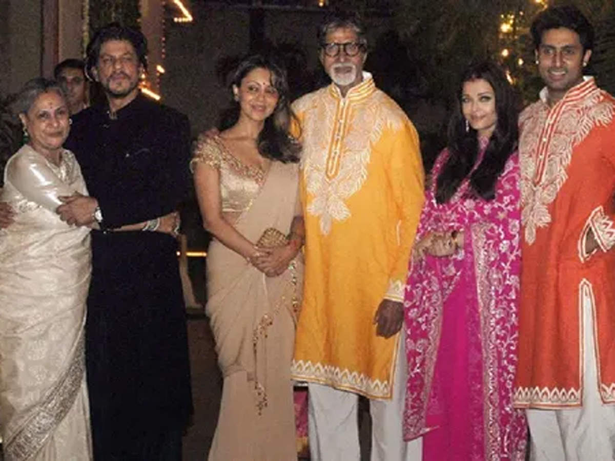 Shah Rukh Khan to Amitabh Bachchan: Meet the Bollywood families who host  grand Diwali parties every year | Hindi Movie News - Times of India