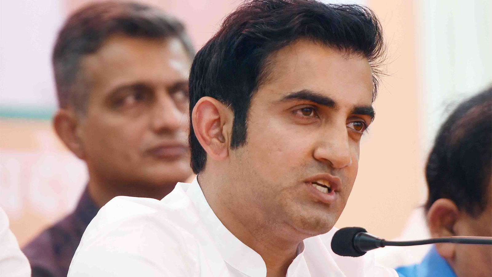 if-pollution-level-is-high-you-can-think-of-alternatives-gambhir-on-cricket-match-in-delhi