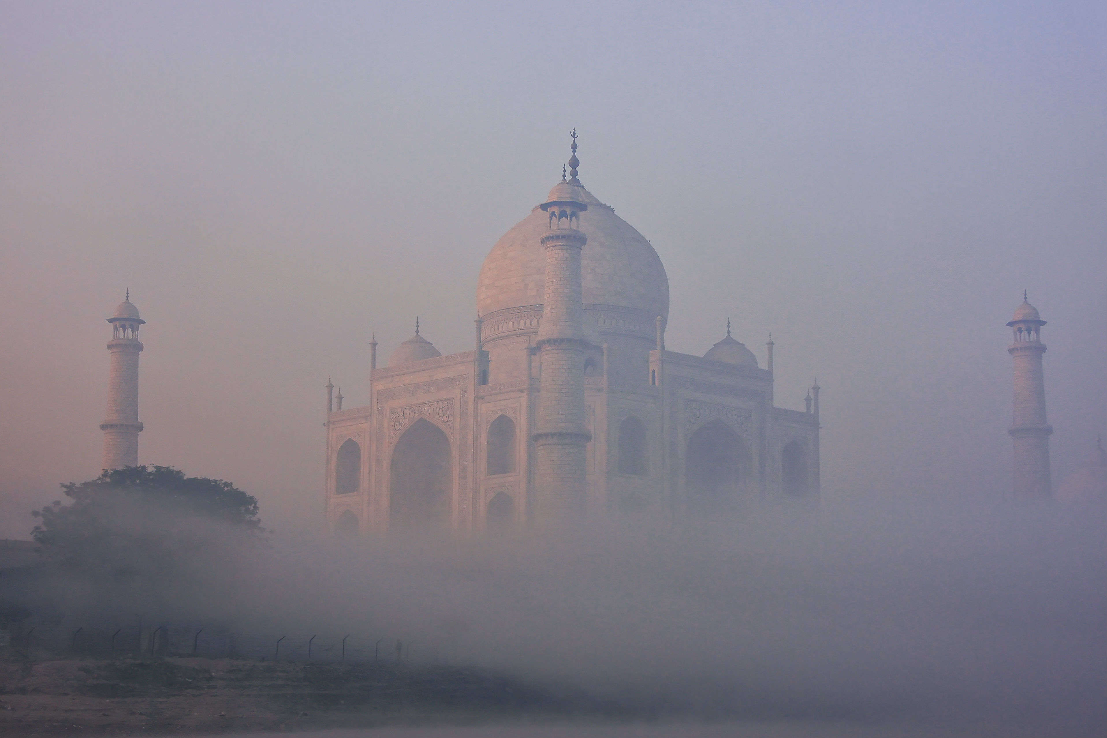 Taj Mahal gets two mobile air purifiers to battle pollution