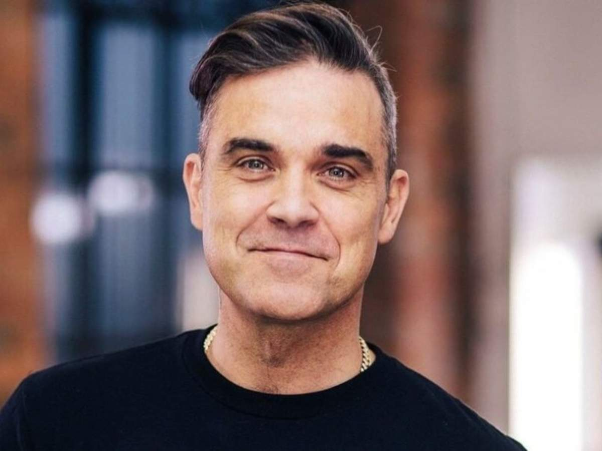 Why Robbie Williams stays off social media - Times of India