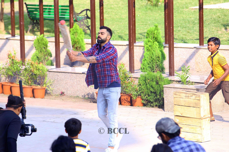 Virat Kohli Skipper Virat Kohli Spotted Playing Gully