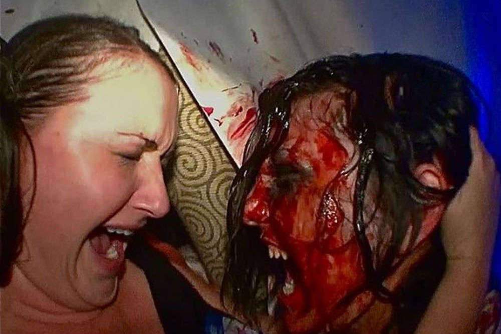 """The McKamey Manor """"horror house"""" offers $20000 to spend 10 hours inside!"""