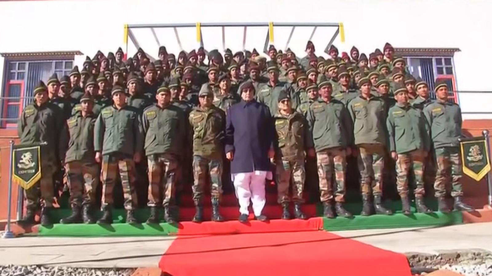 defence-minister-rajnath-singh-visits-bum-la-pass-in-arunachal-pradesh
