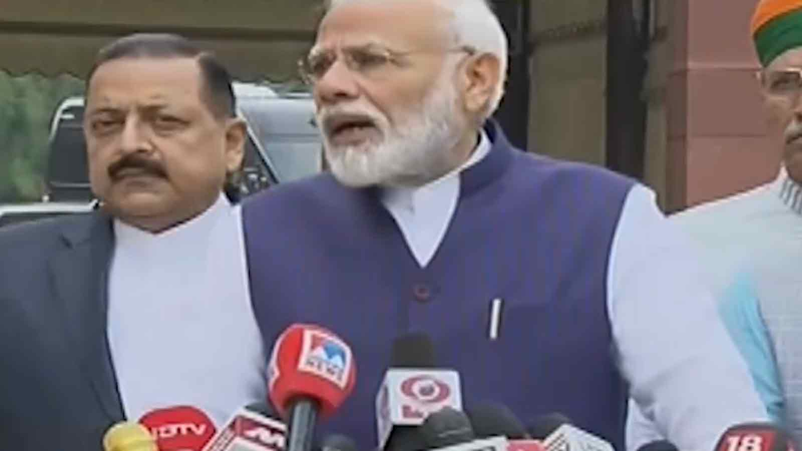 government-wants-frank-discussions-on-all-matters-pm-narendra-modi-says-before-the-winter-session