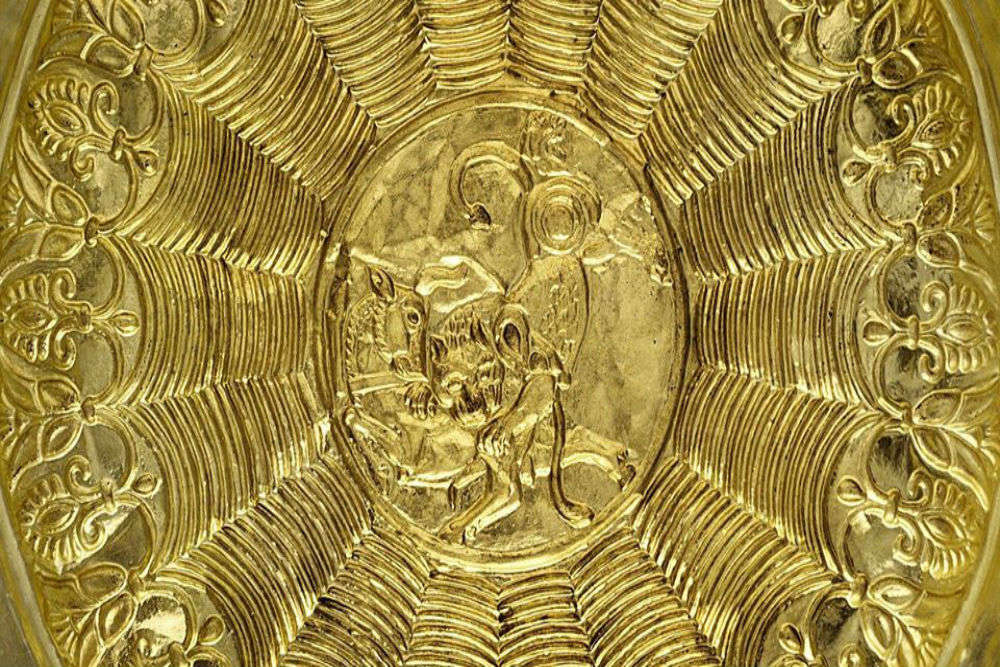 Inside Frankfurt's Goldkammer museum, it is a queen's dream come true