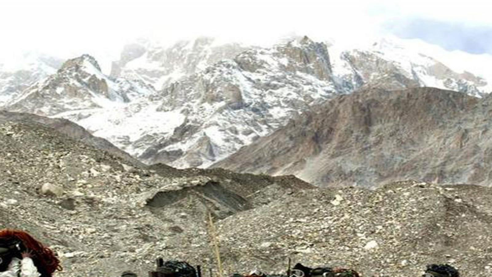 8-member-army-team-hit-by-avalanche-in-northern-siachen