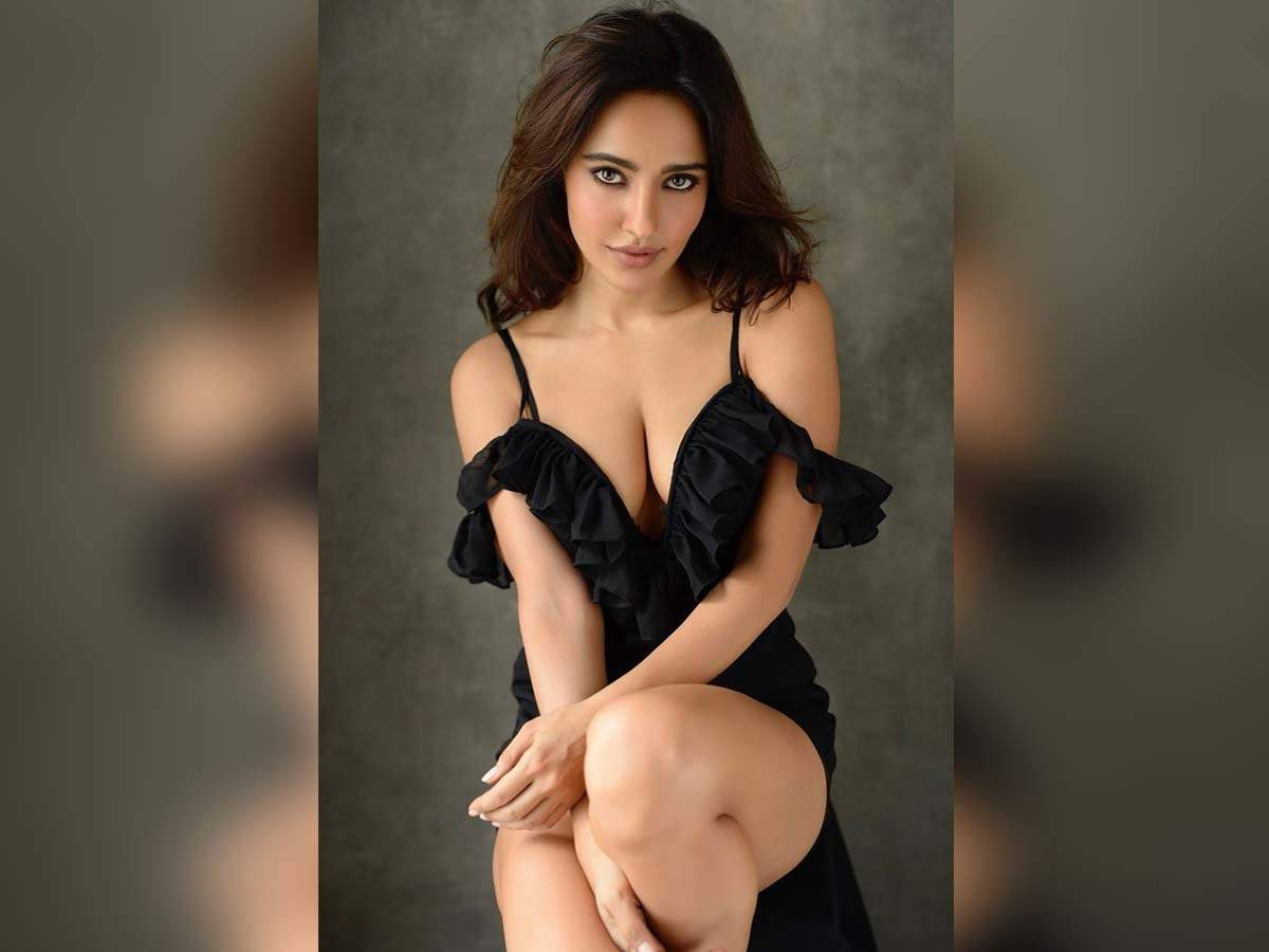 Amazing Sexy Video Download gorgeous alert! neha sharma rocks a sexy black ensemble in a