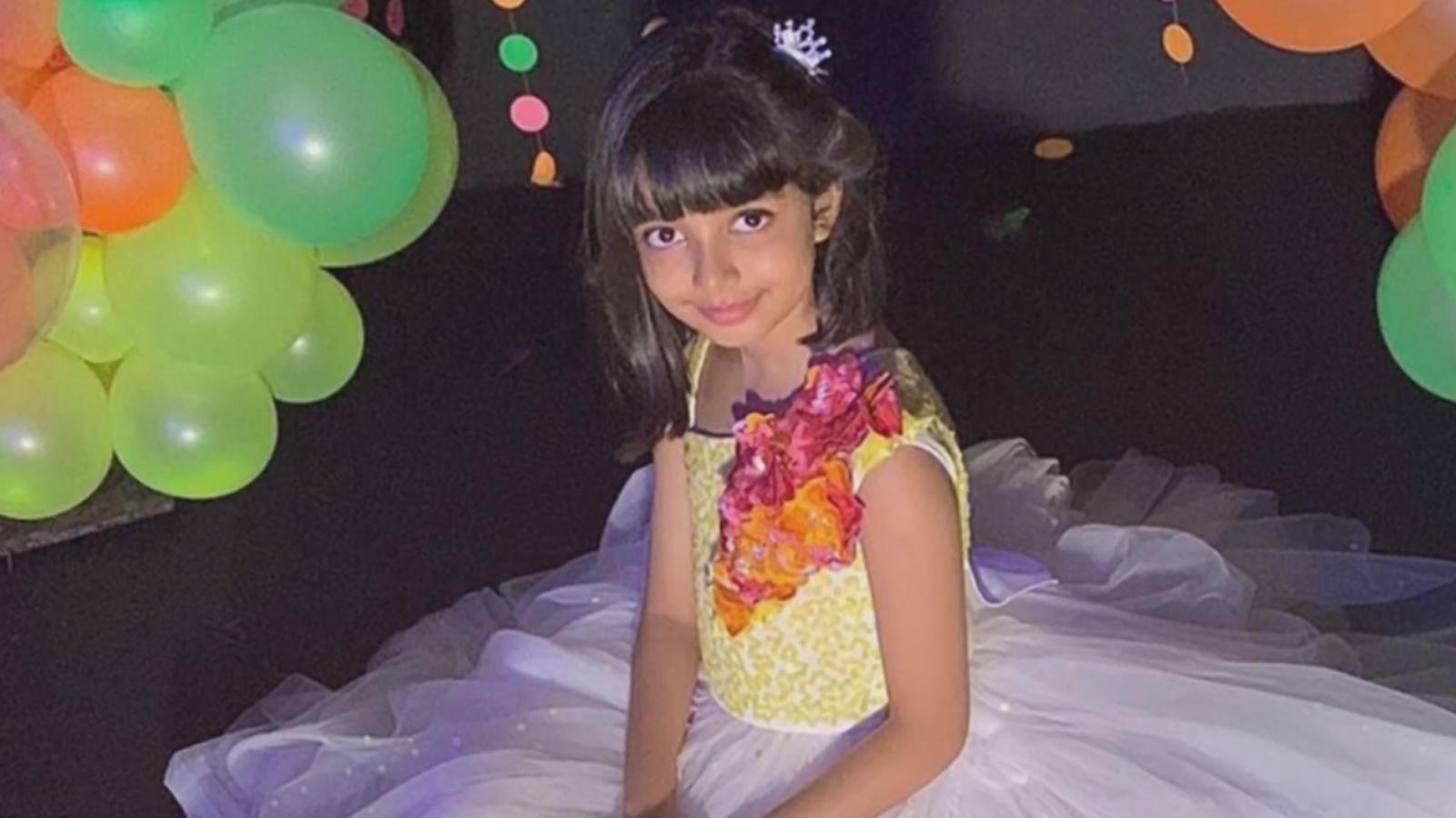 aishwarya-rai-bachchan-slammed-for-putting-makeup-on-aaradhya-bachchan-on-her-birthday