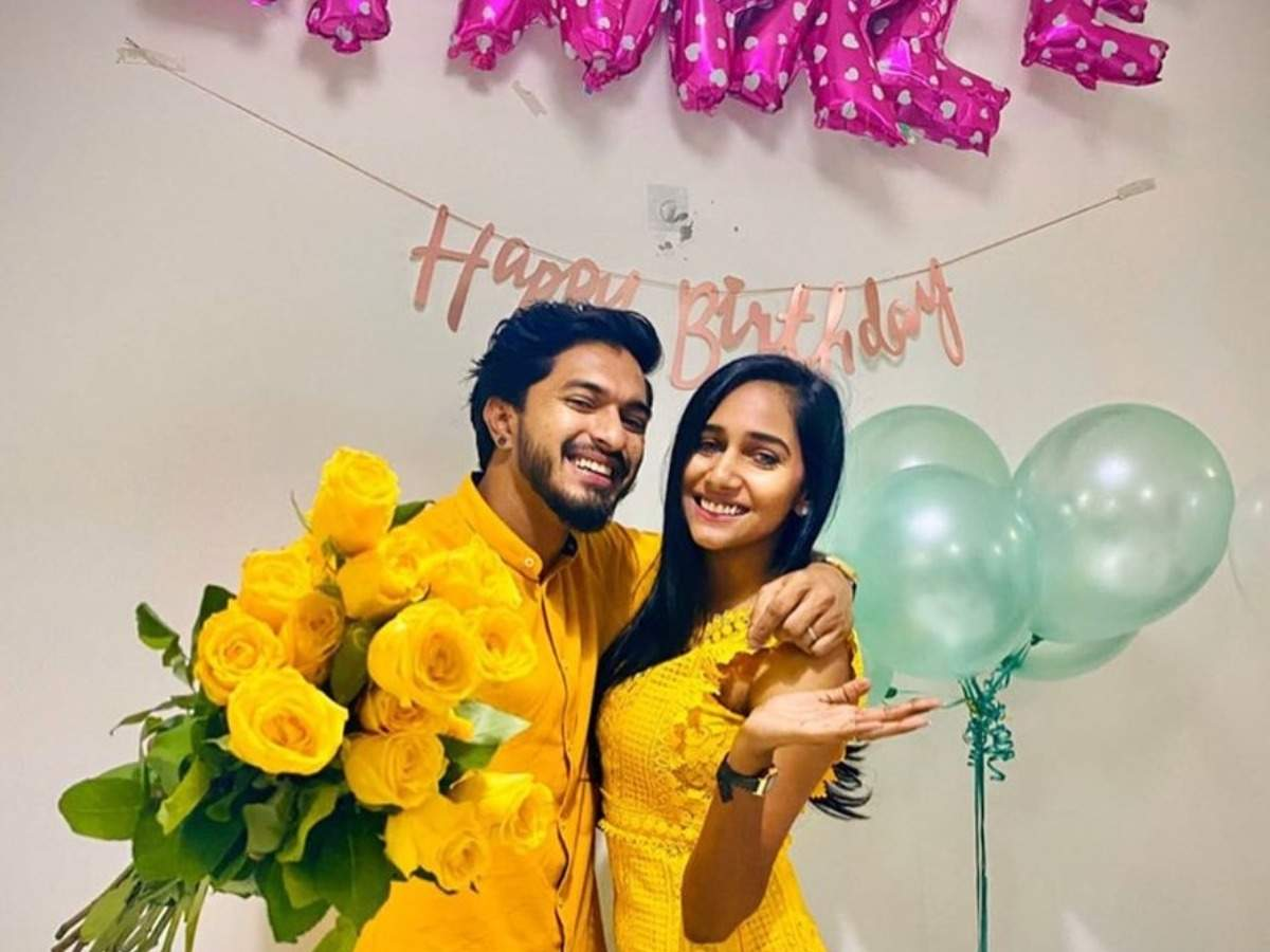 Bigg Boss Tamil 3 winner Mugen Rao wishes girlfriend Yasmin Nadiah with an  adorable post - Times of India