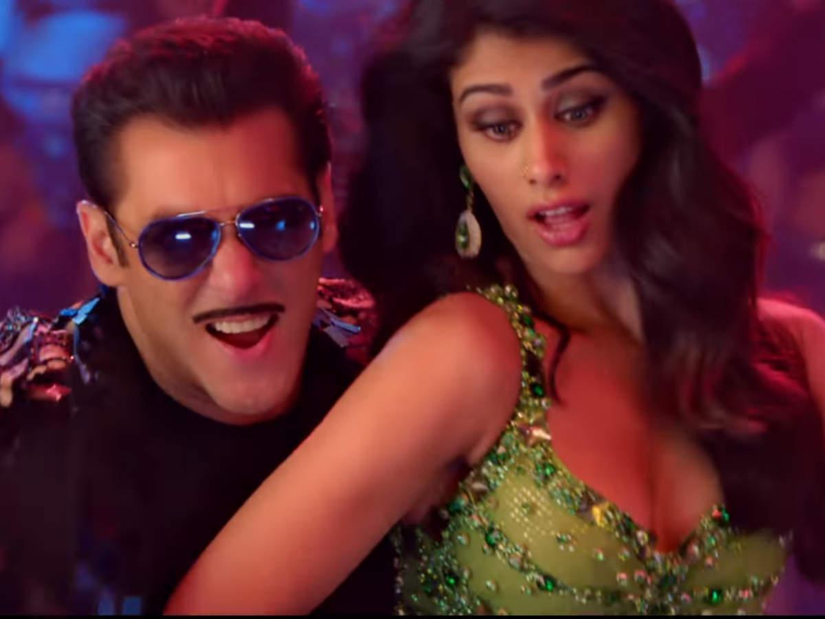 'dabangg 3'  'munna Badnaam Hua': Salman Khan Dances Like There's No Tomorrow With Prabhudheva And Warina Hussain | Hindi Movie News