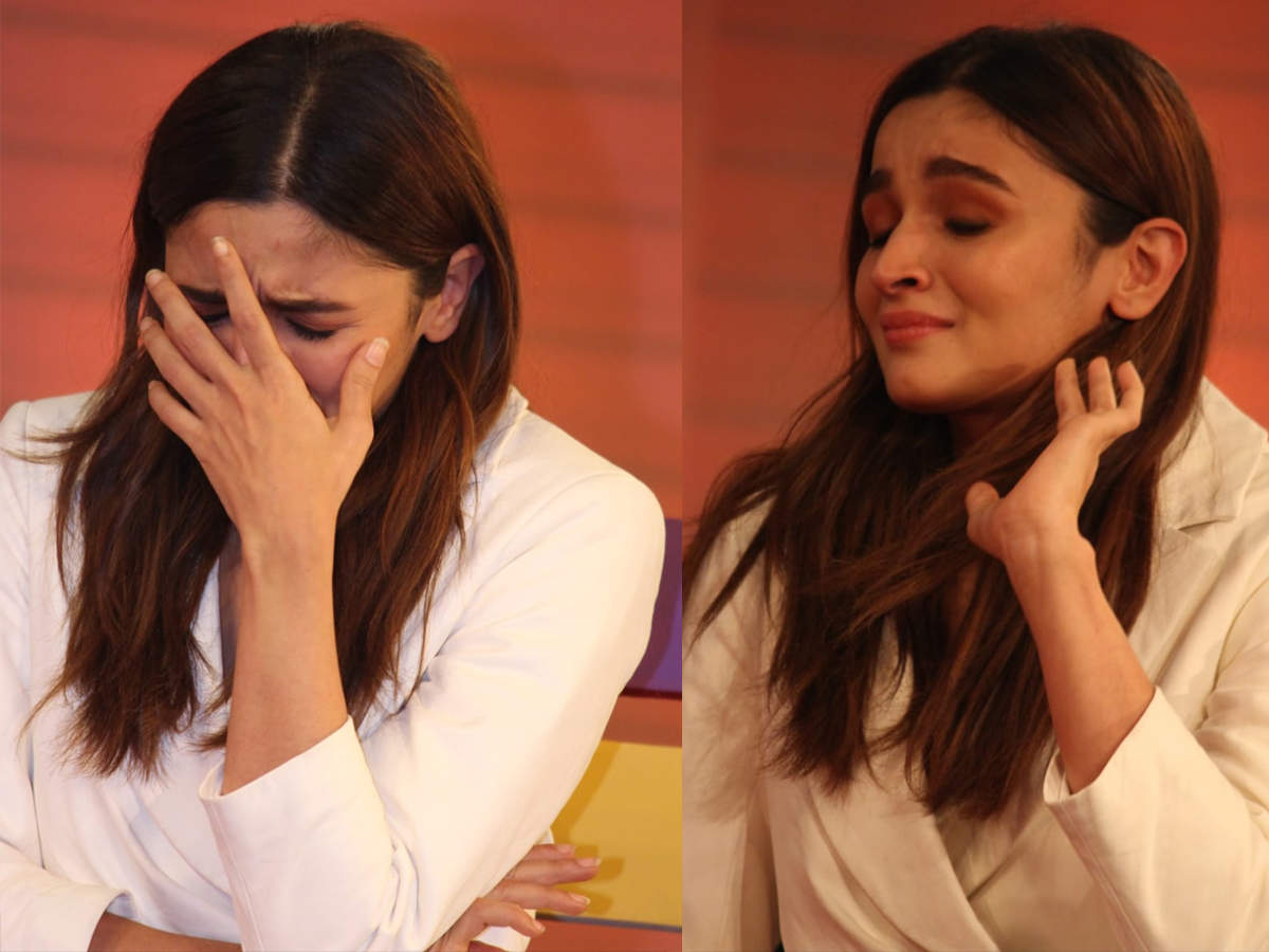 Alia Bhatt Breaks Down In Tears While Speaking About Sister Shaheen S Battle With Depression Hindi Movie News Times Of India Packing a punch quite literally!!! alia bhatt breaks down in tears while