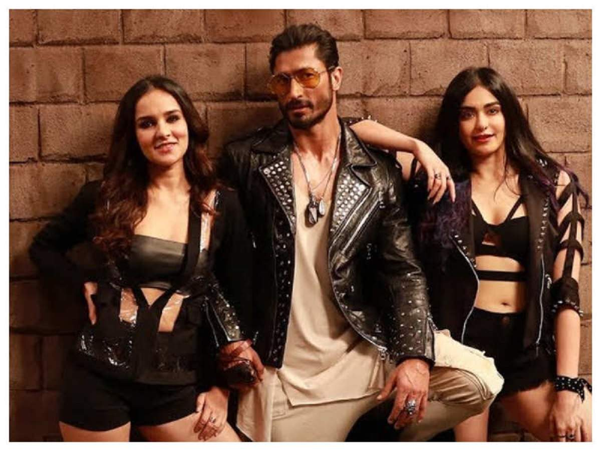 'commando 3' Box Office Collection Day 4: Vidyut Jammwal And Adah Sharma's Film Has A Drastic Drop On Its First Monday | Hindi Movie News