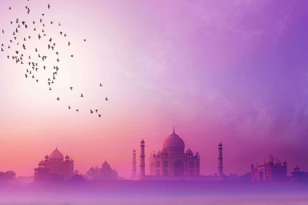 Court asks Centre to build another airport in Agra, away from the Taj Mahal