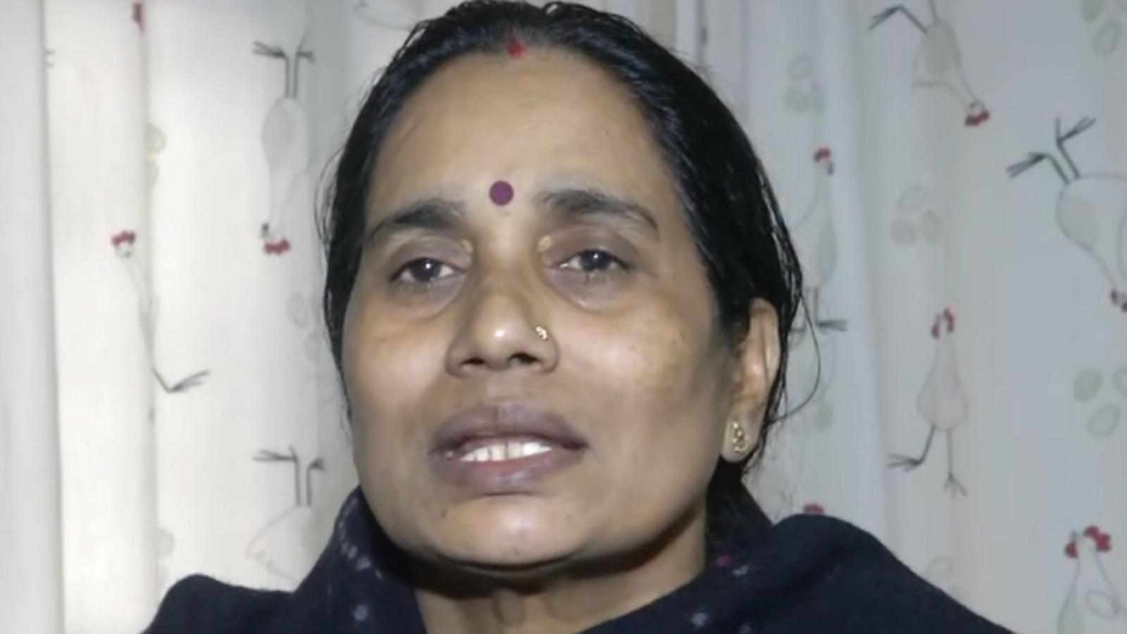 unnao-rape-victims-death-our-system-failed-once-again-says-nirbhayas-mother