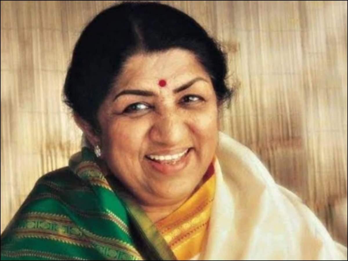 Лата Мангешкар возвращается домой через 28 дней, пишет, что у нее диагностирована пневмония | Хинди Новости Кино