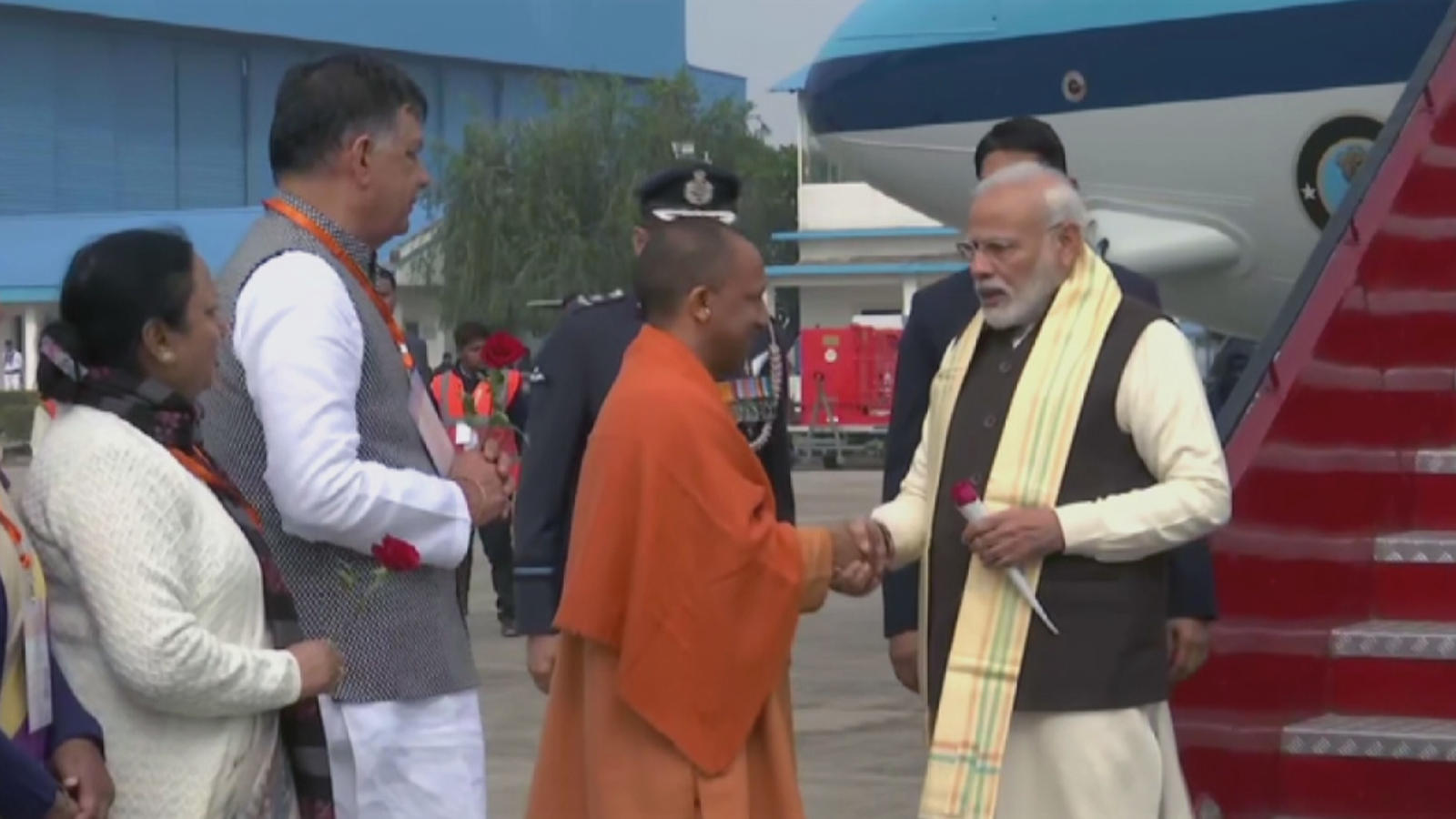 pm-modi-arrives-in-kanpur-to-attend-national-ganga-council-meeting