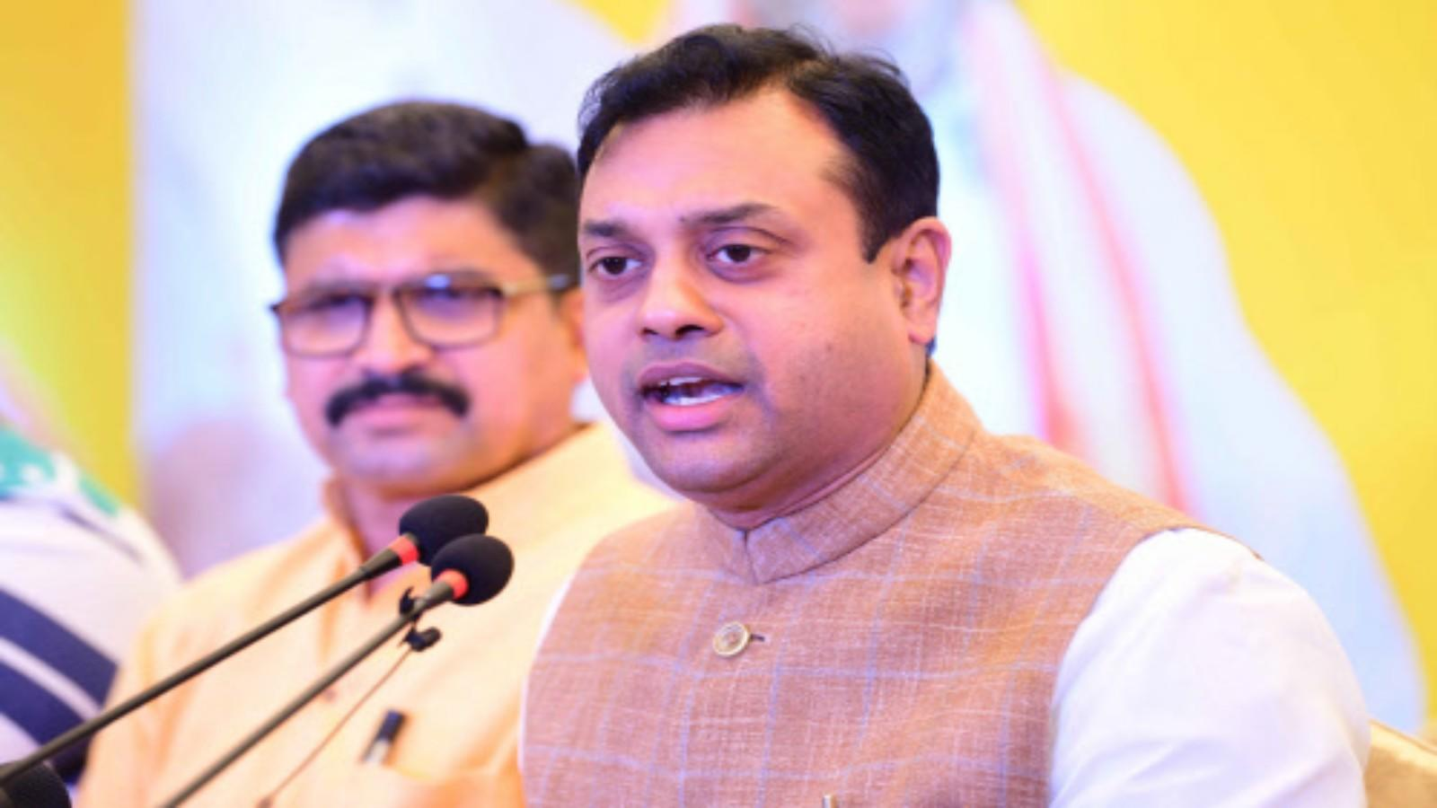 rahul-gandhis-surname-was-stolen-by-his-family-bjp-leader-sambit-patra