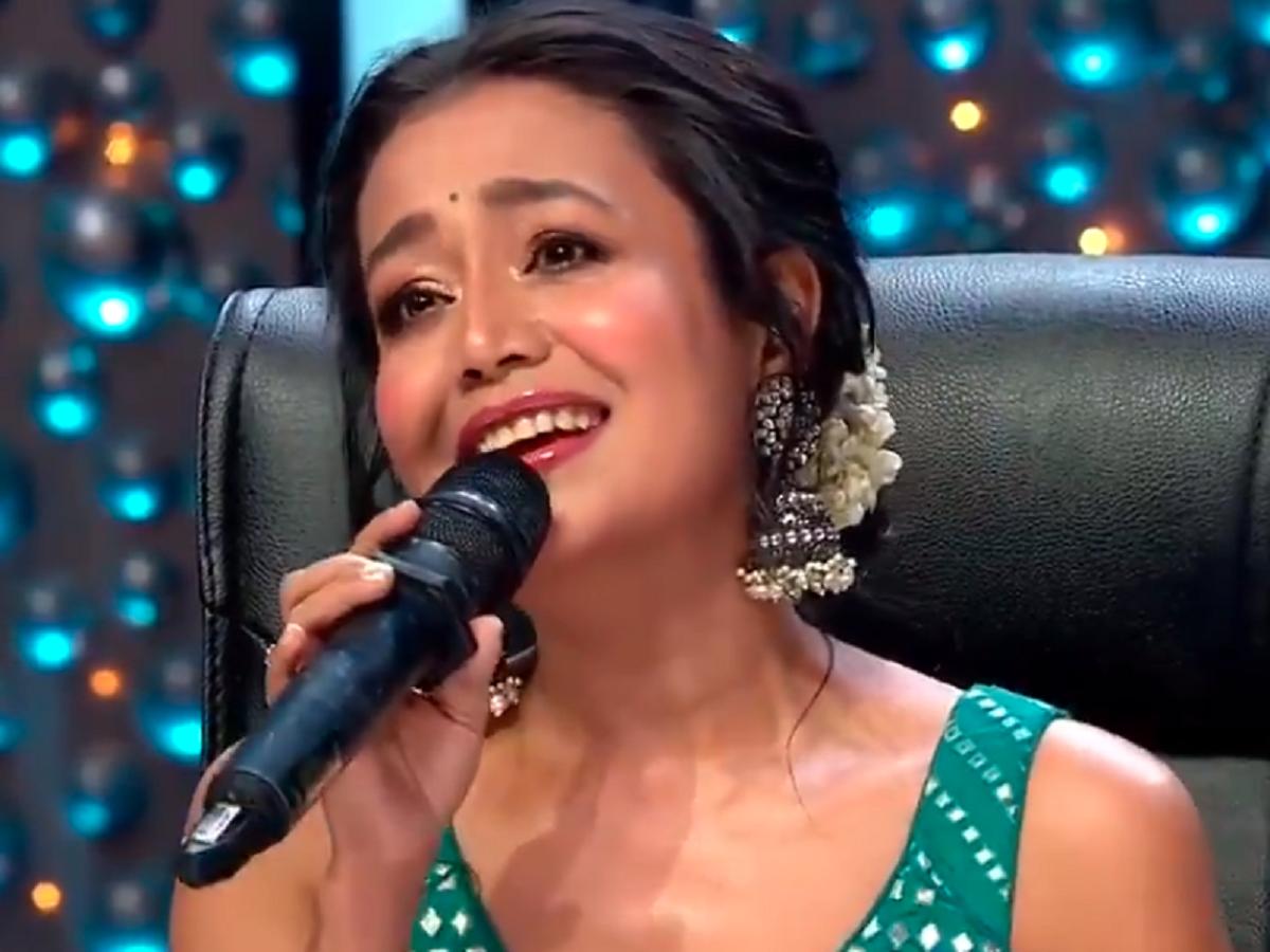 Indian Idol 11 Neha Kakkar Sings Channa Mereya For Her Ex Boyfriend Himansh Kohli Watch Video Times Of India