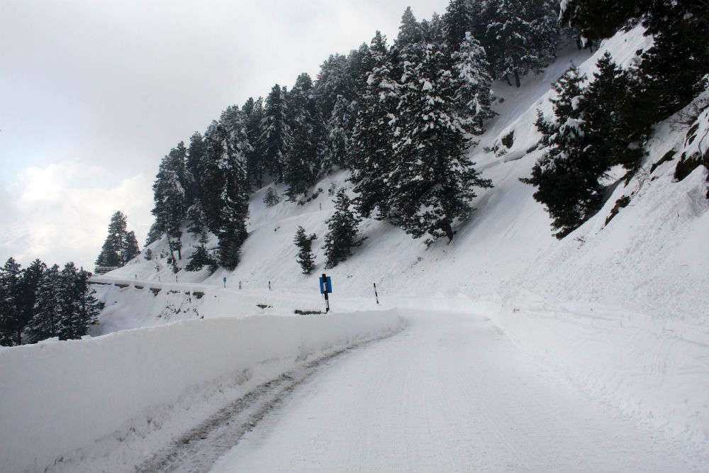 Extremely harsh winter season starts in Kashmir and North India