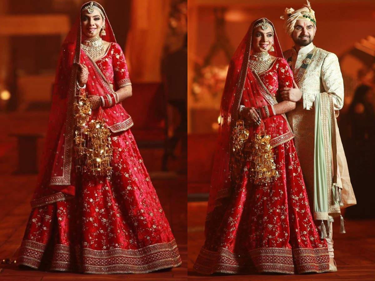 This Jalandhar Based Interior Designer Chose A Breathtaking Sabyasachi Lehenga For Her Wedding Times Of India