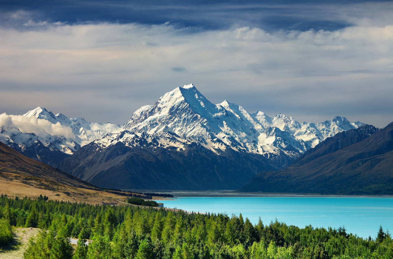 New Zealand aims for carbon-neutral future; bans offshore oil and gas drilling