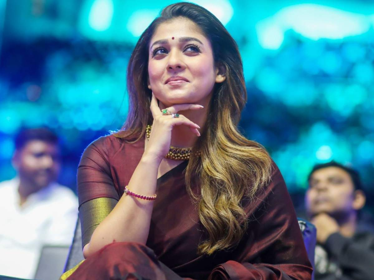 Darbar' actress Nayanthara misses her lucky charm and cries for an hour    Tamil Movie News - Times of India