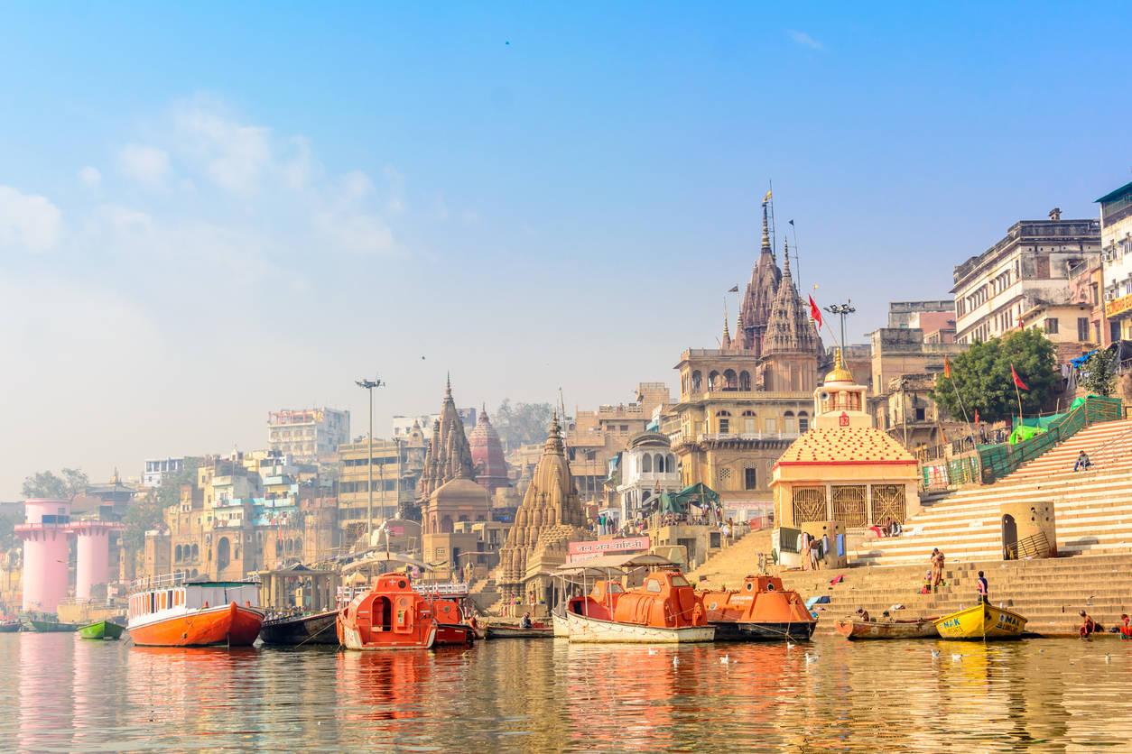 Varanasi: No formal decision on dress code for Kashi Vishwanath Temple yet