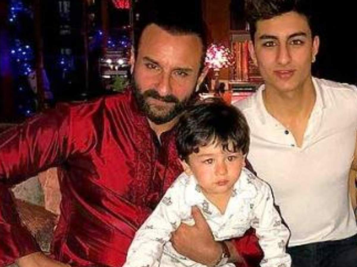 Saif Ali Khan gives a hilarious reply when asked about going to the same pub with Taimur Ali Khan and Ibrahim Ali Khan - Times of India