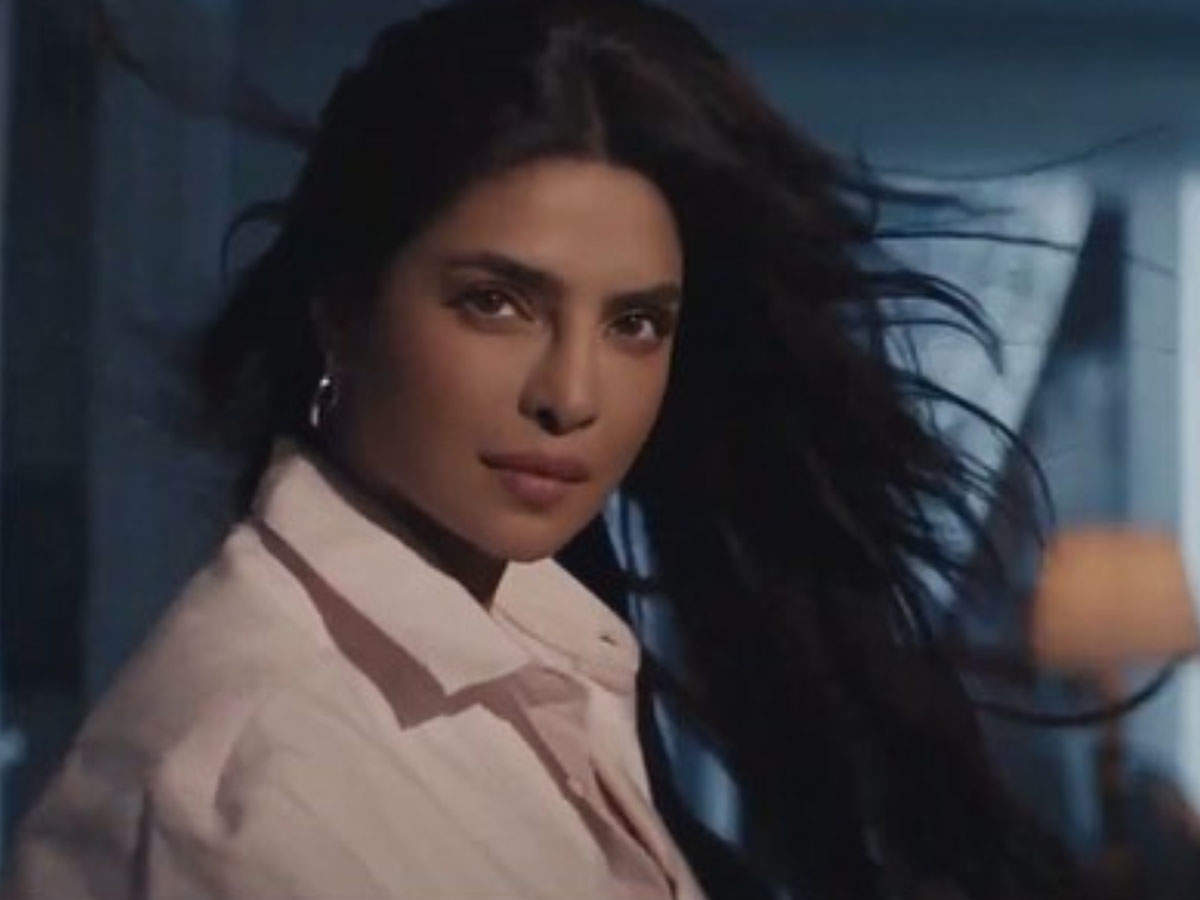 Watch Priyanka Chopra Proves She Is Queen Of Hair Flips With This