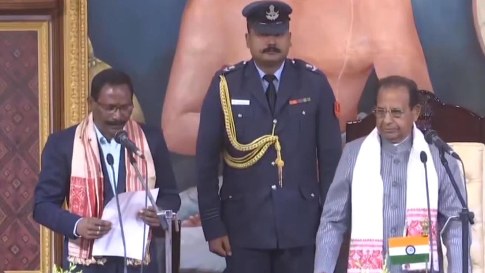 assam-cabinet-expansion-jogen-mohan-sanjay-kishan-take-oath-as-ministers