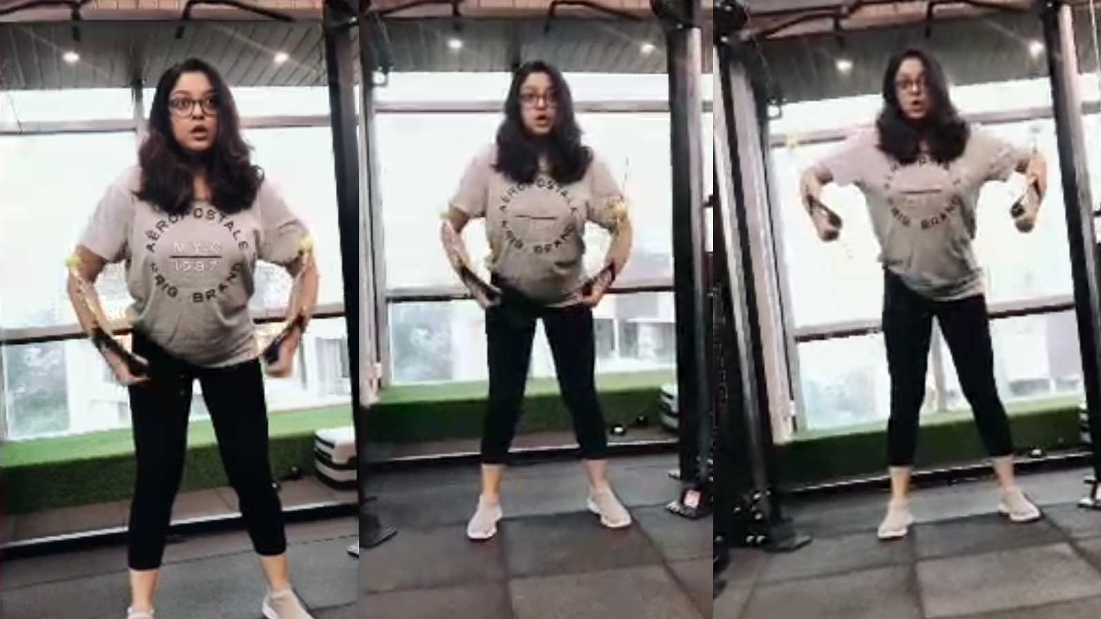 tanushree-dutta-shares-a-peek-into-her-workout