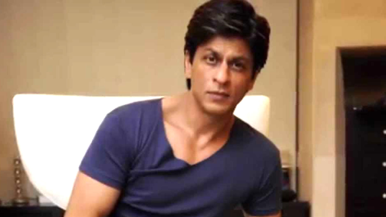 shah-rukh-khan-wins-the-internet-with-his-reply-on-religion-says-we-are-indians-and-thats-our-religion
