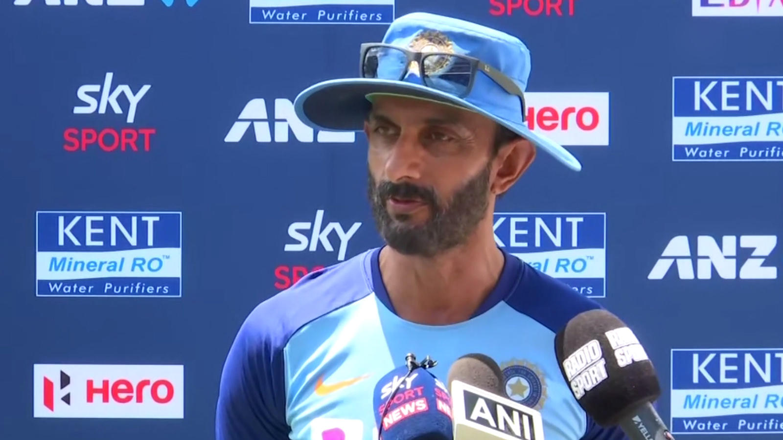 dont-see-many-changes-happening-to-t20-world-cup-squad-vikram-rathour