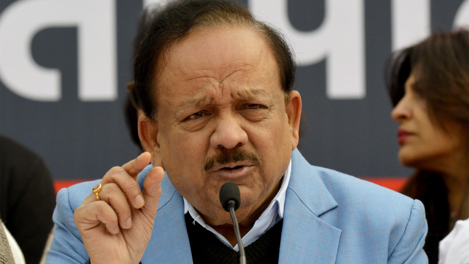 govt-contacting-with-chinese-authorities-to-bring-back-indians-from-china-harsh-vardhan
