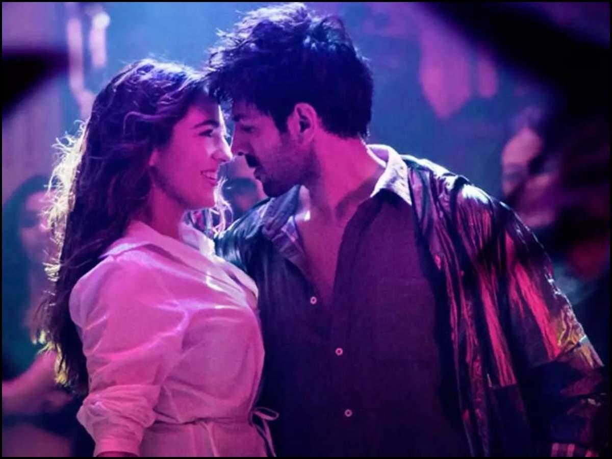'Love Aaj Kal' box office collection day 1: Sara Ali Khan and Kartik Aaryan starrer takes an average star thumbnail