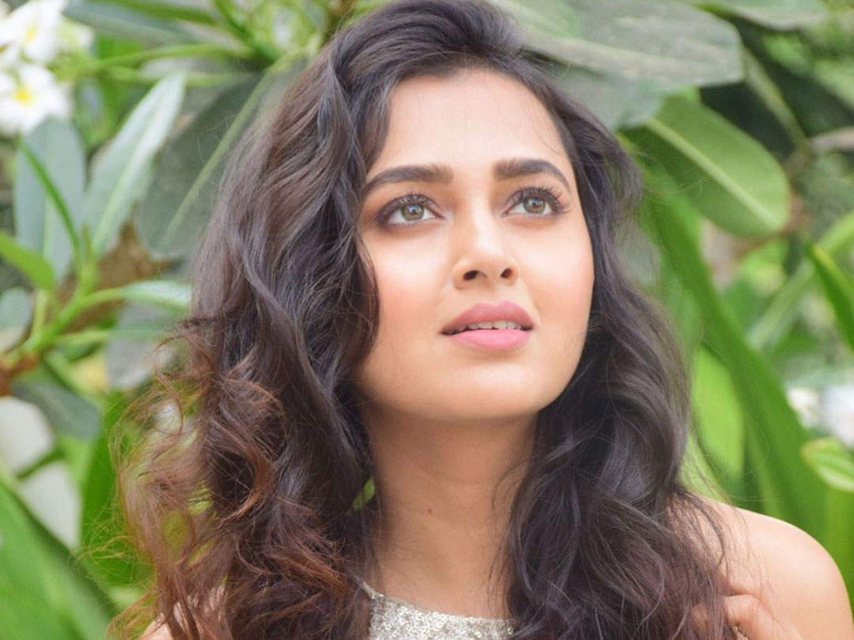 Exclusive - Khatron Ke Khiladi 10: Tejasswi Prakash admits she had to leave  the show midway because of her eye injury - Times of India