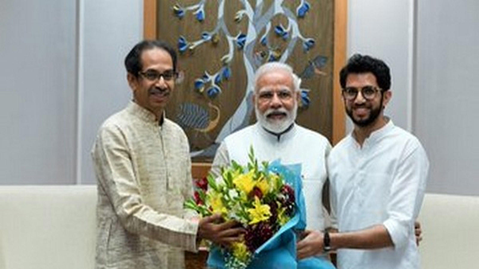 maharashtra-chief-minister-uddhav-thackeray-meets-pm-narendra-modi-in-delhi
