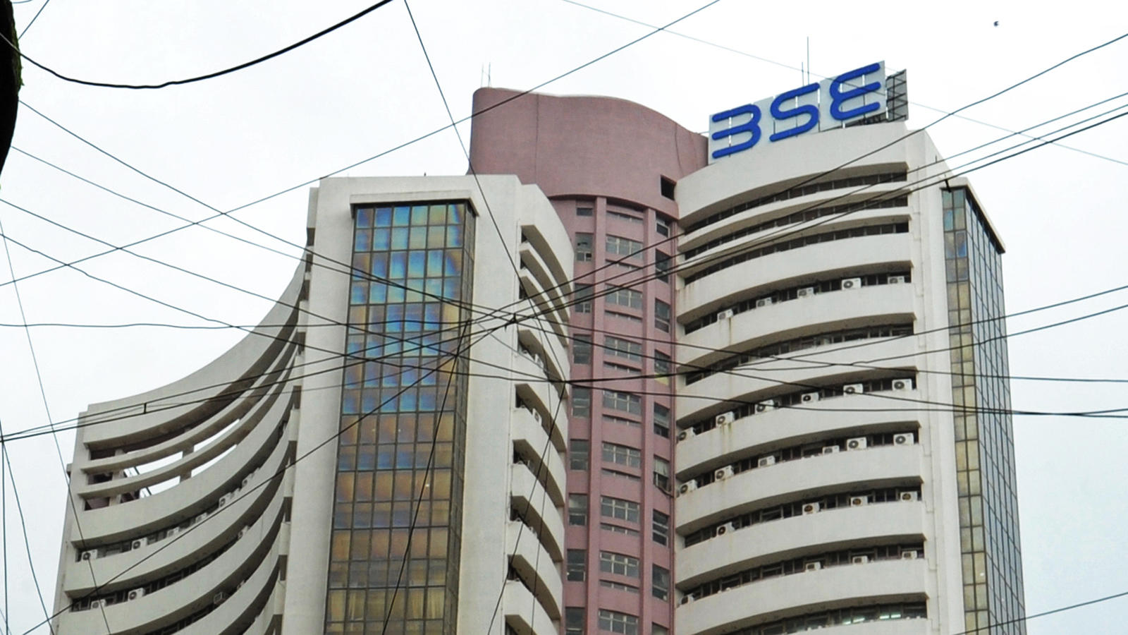 sensex-crashes-by-800-points-amid-coronavirus-fears-metal-stocks-plunge
