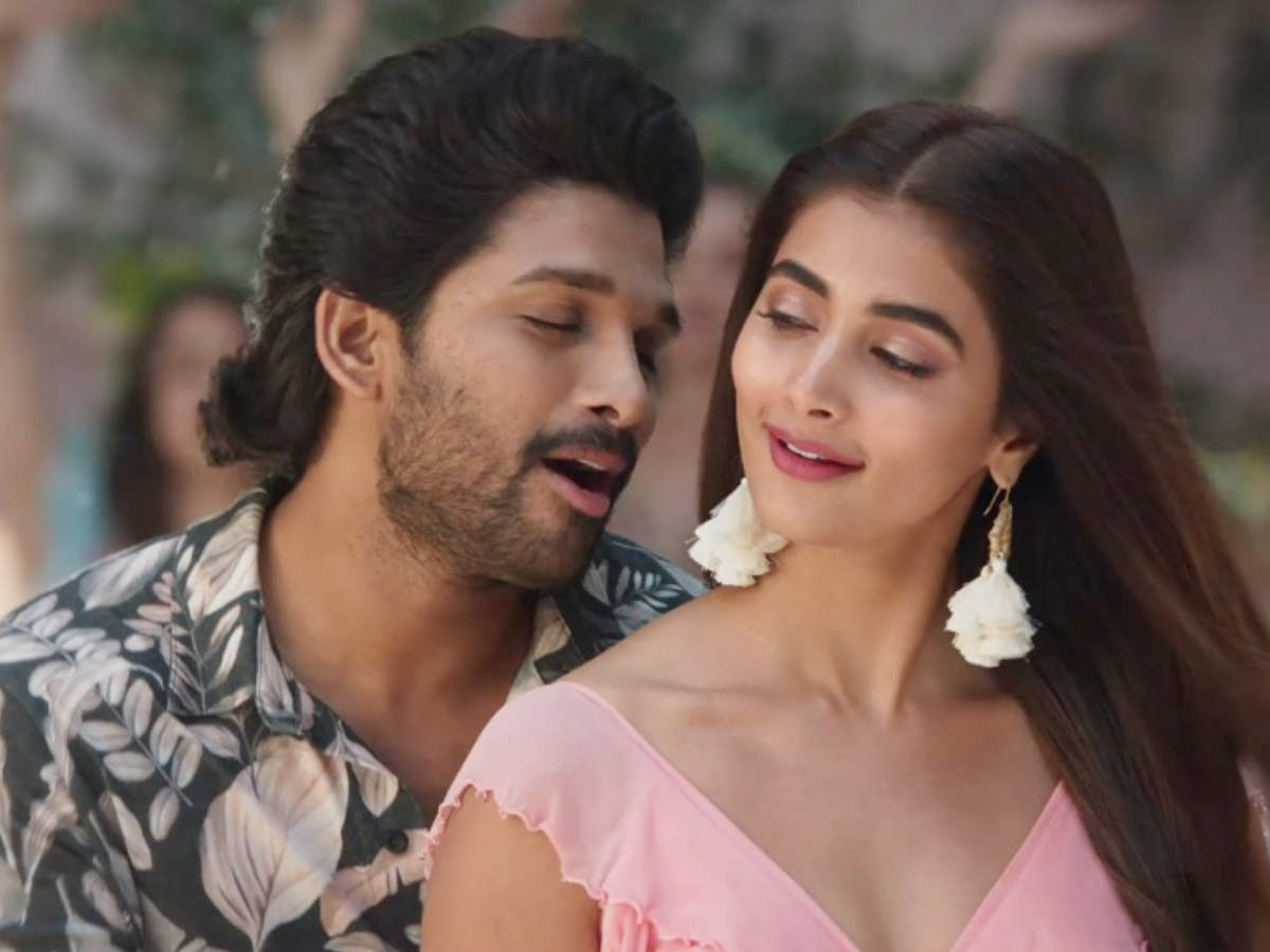 Butta Bomma full video song: Fans go gaga over Allu Arjun's unmatchable  steps and Pooja Hegde's glamour | Telugu Movie News - Times of India