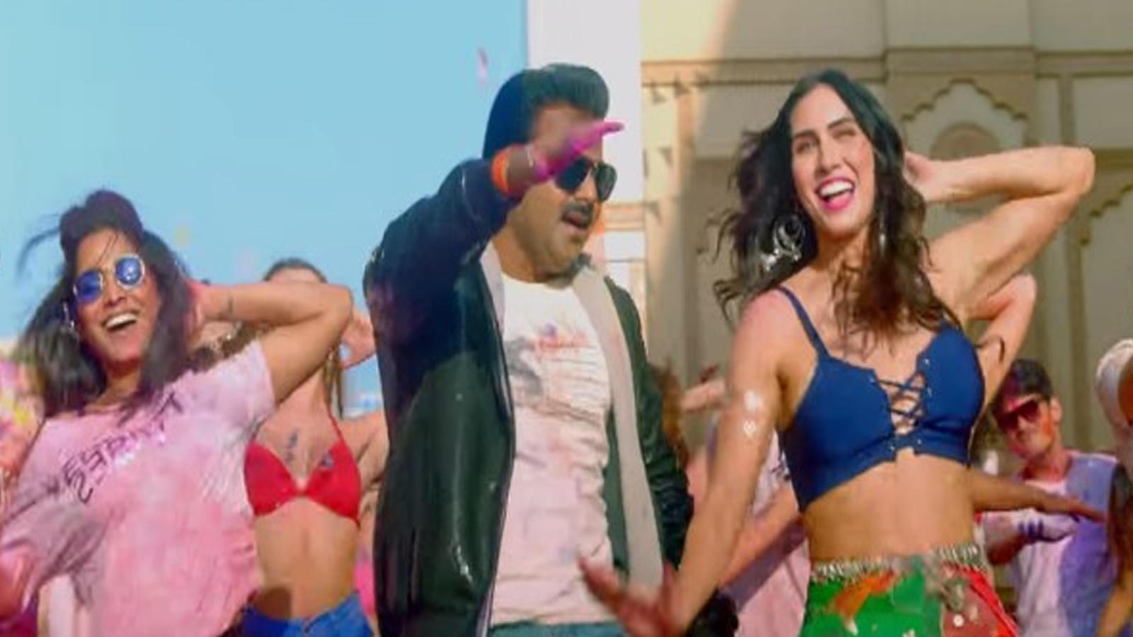 pawan-singhs-latest-video-album-kamariya-hila-rahi-hai-with-lauren-gottlieb-breaks-record-singer-posts-a-heart-whelming-video-for-fans