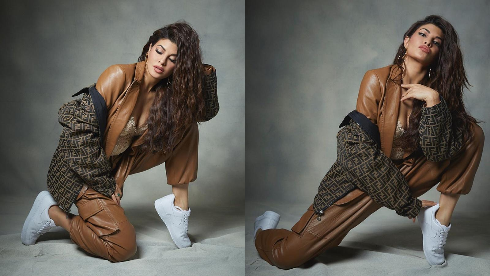 jacqueline-fernandez-burns-the-internet-with-her-bewitching-pictures