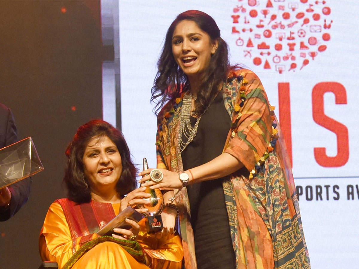 heres-what-manasi-joshi-said-after-winning-toisa-para-athlete-of-the-year-award