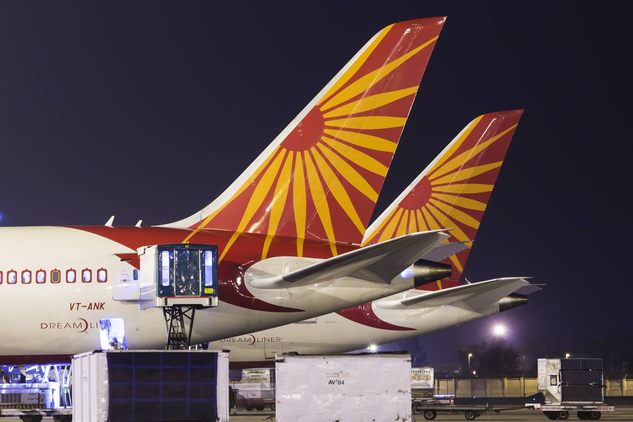 Delhi airport to continue domestic flight operations amidst city lockdown