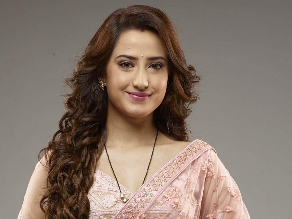 Aalisha Panwar :  Ishq Mein Marjavan and Meri Gudiya