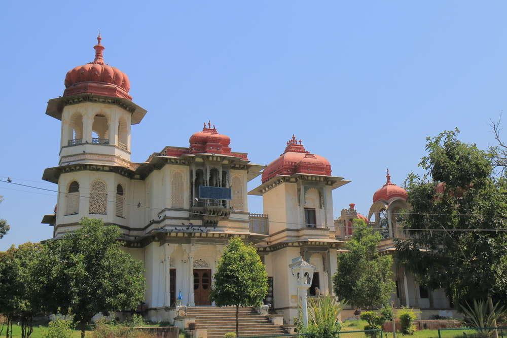 Going Beyond Udaipur's lakes–Gulab Bagh