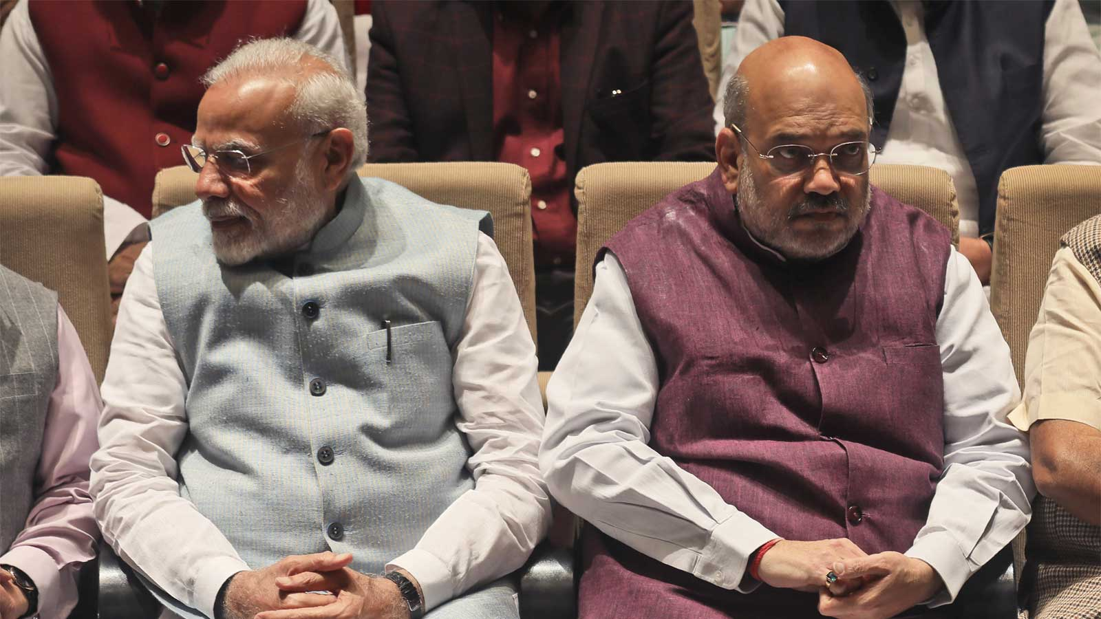 congress-playing-petty-politics-over-covid-19-misleading-people-says-amit-shah