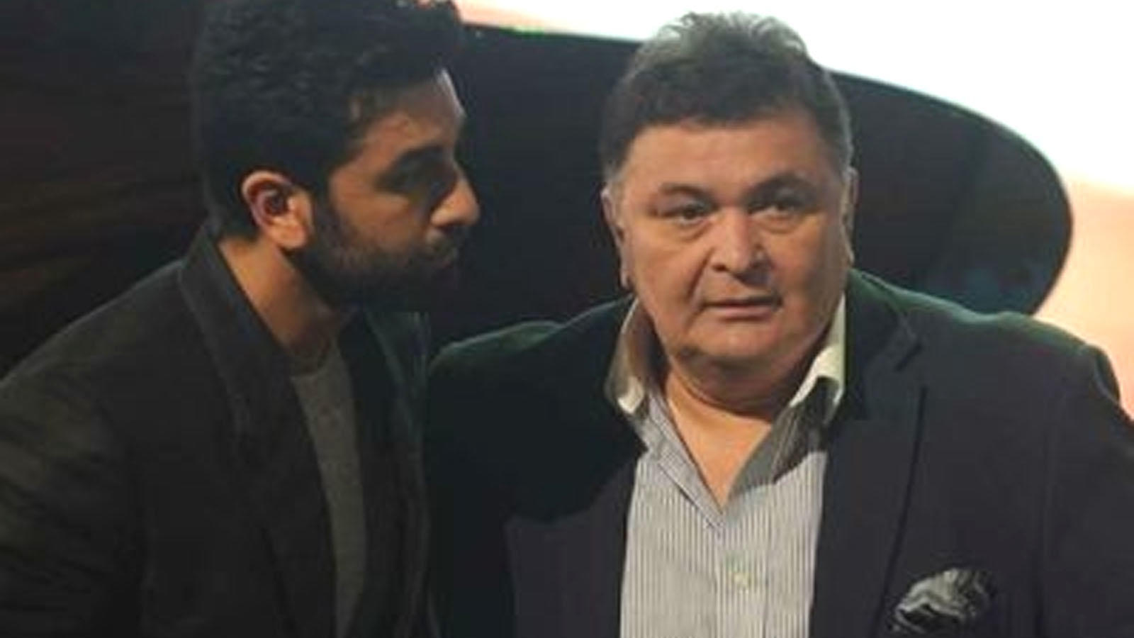 when-rishi-kapoor-lost-his-temper-and-slapped-son-ranbir-kapoor