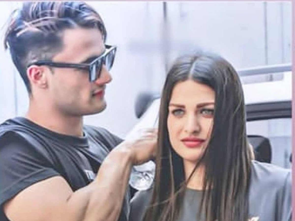 Himanshi Khurana's heartbroken tweet leads fans to speculate all is not well between Asim Riaz and her - Times of India